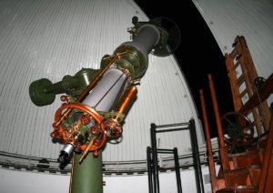 1200px-Heliometer_Kuffner-Sternwarte-300x212 1200px-Heliometer_Kuffner-Sternwarte
